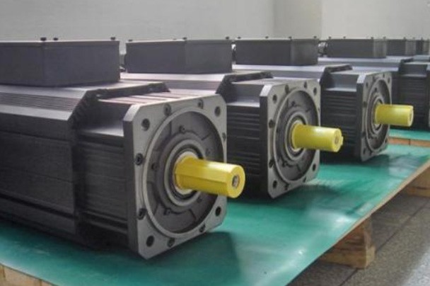 广西YPNX主轴电机(细长型设计)